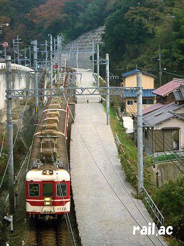 1998年2月の神鉄粟生線藍那駅付近の様子