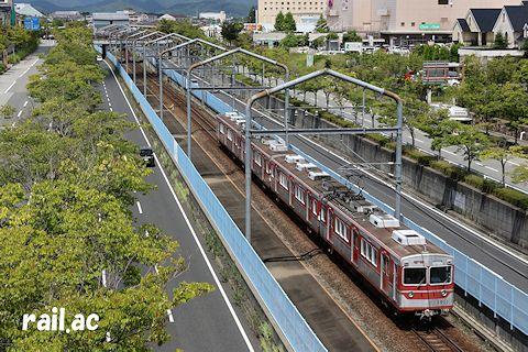 神戸電鉄公園都市線を走る3000系